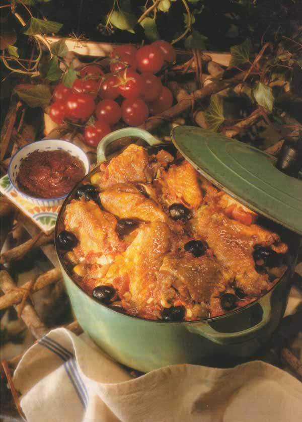 Fricass e de volaille aux olives tapenade et piment d - Peut on manger les olives piquees par la mouche ...